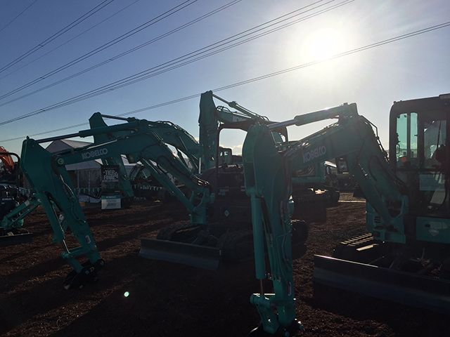 Kobelco at Diesel Dirt and Turf Expo 2018