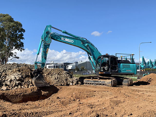 Kobelco excavators with Trimble Earthworks system